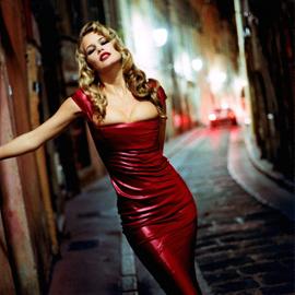 Helmut Newton e la gelida sensualità di Claudia Schiffer